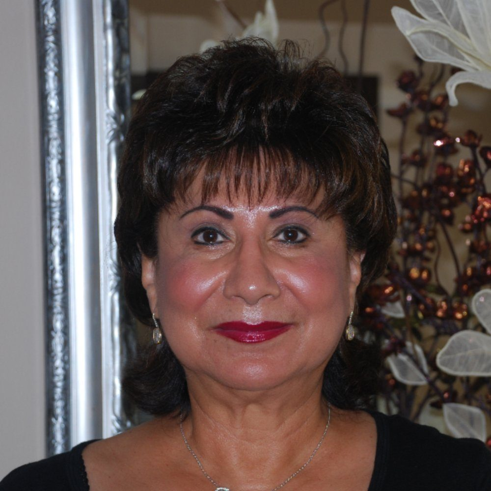Linda Grindeland, Beyoutiful Escape in Panama City, FL